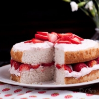 Fresh Strawberry Cake with Cream Cheese Frosting - Chew Out Loud