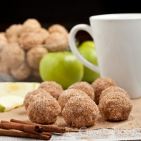 Apple Spice Baked Doughnut Holes - Chew Out Loud