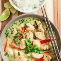 Thai Green Curry chicken - Chew Out Loud