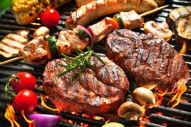 バーベキューのお肉をおいしく食べる小ワザ!おすすめ部位や最適な肉を厳選の画像