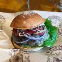 どれも食べてみたい!自由が丘で人気のハンバーガー屋さん5選