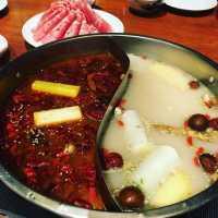 新宿で人気の鍋料理店5選!濃厚なスープを堪能しちゃおう♡