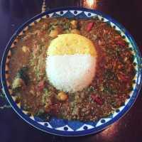 カレー激戦区「谷町四丁目」でおいしいカレーを食べるならこの2選!