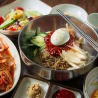 梅田で人気の韓国料理店7選。ランチや個室でゆったりディナー♩