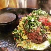 福岡の「極味や」の激レアハンバーグが話題!通販でも購入可能です♪