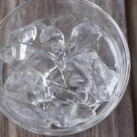 溶けないって本当?!ドリンクも薄まらない魔法の氷があった♡