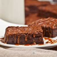 Dark Chocolate Fudge Brownies with Salted Caramel - Chew Out Loud