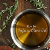 How-To Tuesday : How to Infuse Olive Oil - Country Cleaver