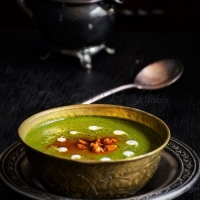 Palak Shorba (Spinach Soup) - Binjal's VEG Kitchen