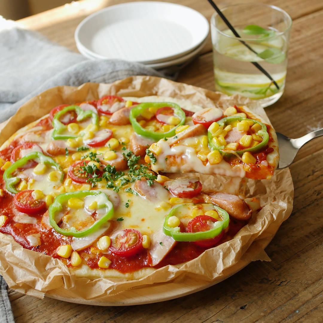 発酵なしで作る「ピザ生地」の簡単レシピ!ふんわりからクリスピーまで